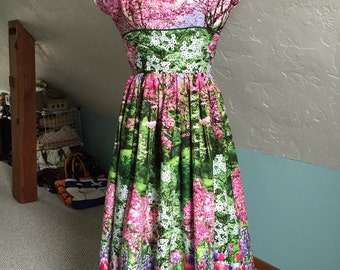 1950's Reproduction floral border print dress