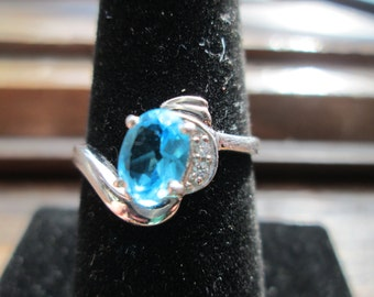 Designer 77ctw Swiss Blue Topaz White Sapphire 925 Sterling Silver Ring Size 7.5, Weight 1.9 Grams