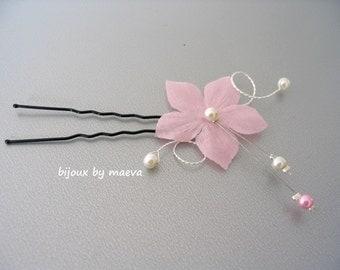 Wedding hair flower light pink ivory pearl beads