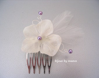 Small wedding hair comb with flower and feather ivory and mauve / purple