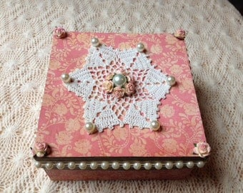 Hand Decorated Gift Box-Pink Glitter-5 in.