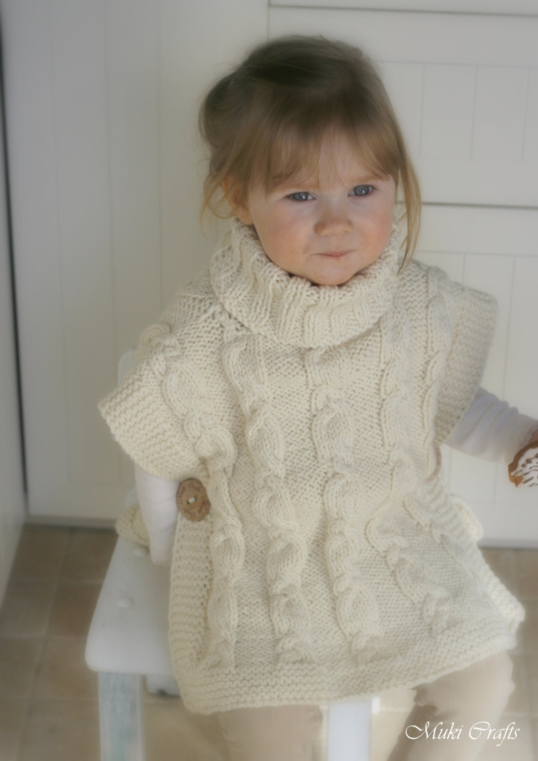 KNITTING PATTERN cable poncho Robyn with a headband por ...