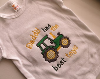 Tractor bodysuit, Tractor Kids Shirt,  Tractor nursery, farm bodysuit, Papa Tractor shirt, Daddy Tractor bodysuit