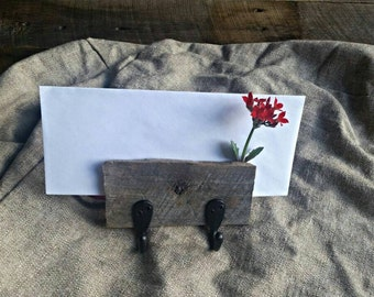 Barnwood Key and Mail Holder (Small)