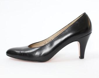 Salvatore Ferragamo Snella Black Leather Heels, size 5AA