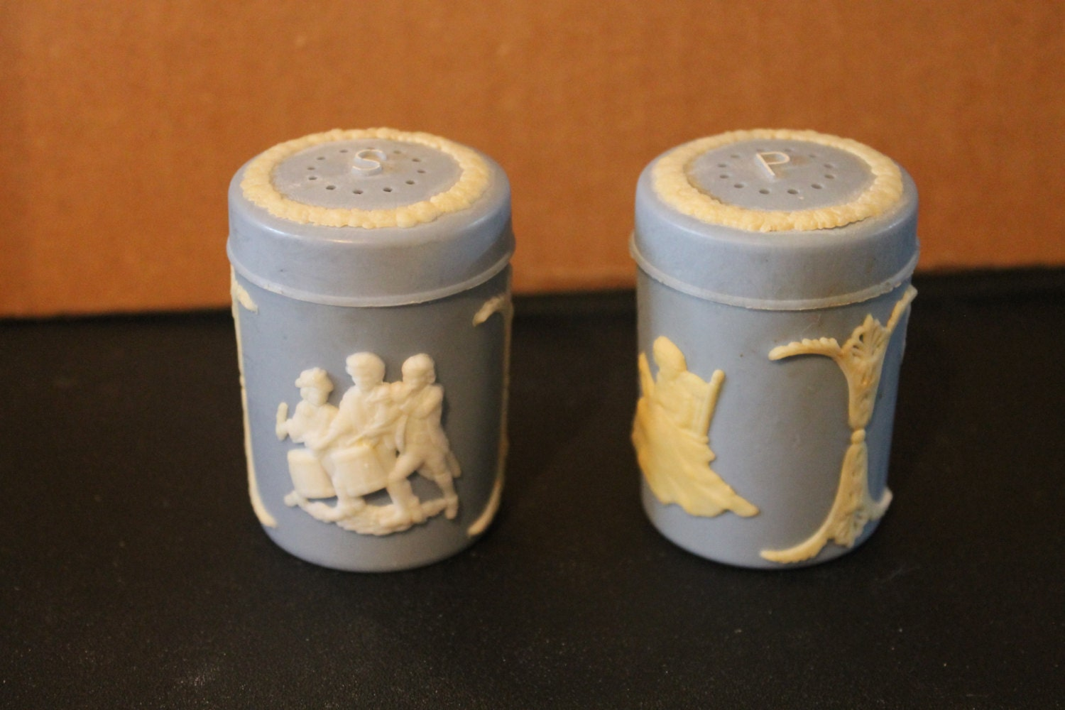 Super Cute Vintage Faux Wedgewood Salt And Pepper Shakers