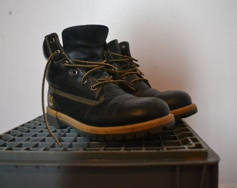 Vintage Timberland Boots - Authentic - Genuine Leather