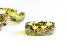Resin ring Peridot - wide faceted stacking ring, men and women, unisex ring