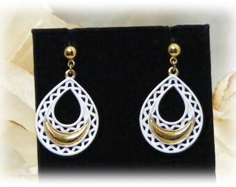"Vintage ""WHITE STUD DANGLES"" Pierced Earrings, (never worn) White on Gold Tone"