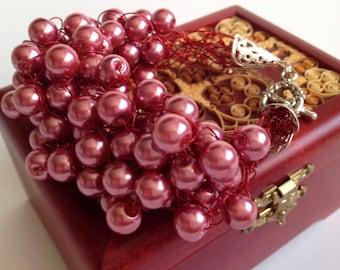 Dusty Rose Bracelet Crocheted/ Wire Bracelet/ Wire Jewelry /Bracelet crochet/Wire Bracelet crochet/Copper Wire Bracelet/Bulky Bracelet Beads