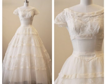 Vintage 1950s Silk Organza Wedding dress with lace applique detail and bias binding stripes