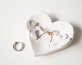 Wedding Ring Holder, Little Love Birds Couple, Ring Holder, Wedding Ring Pillow, Jewelry Holder, Heart Plate, Ceramics and Pottery
