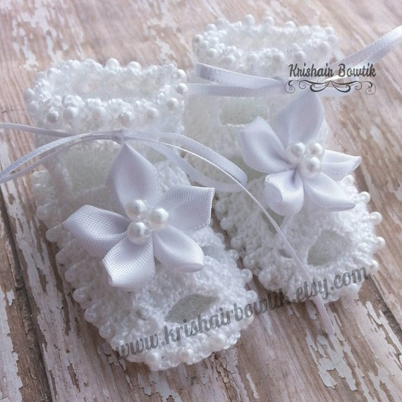 Baby pearl crochet shoes-crochet shoes-baptism by ...