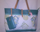 Bird House motif shopperbeach bag