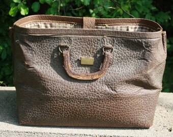 Spy It Leather Medical Bag