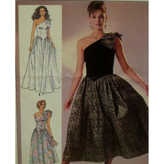 Pakistani designer bridal sarees, couture wedding invitations for ...