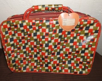 Vintage Sarne Vinyl Suitcase