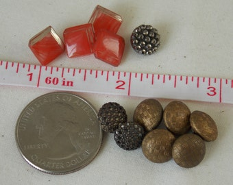Diminutive Buttons Tiny Collection of Buttons  B198