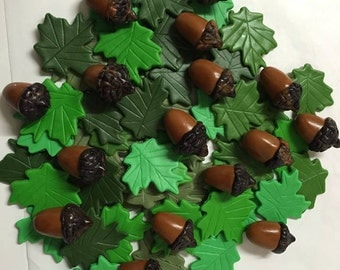 Springtime Mix Fondant Leaves and Acorns