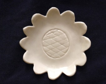 Carved sunflower porcelain ring or trinket dish
