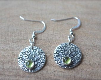 Fine Silver Tree of Flowers circular earrings with Peridot Crystal