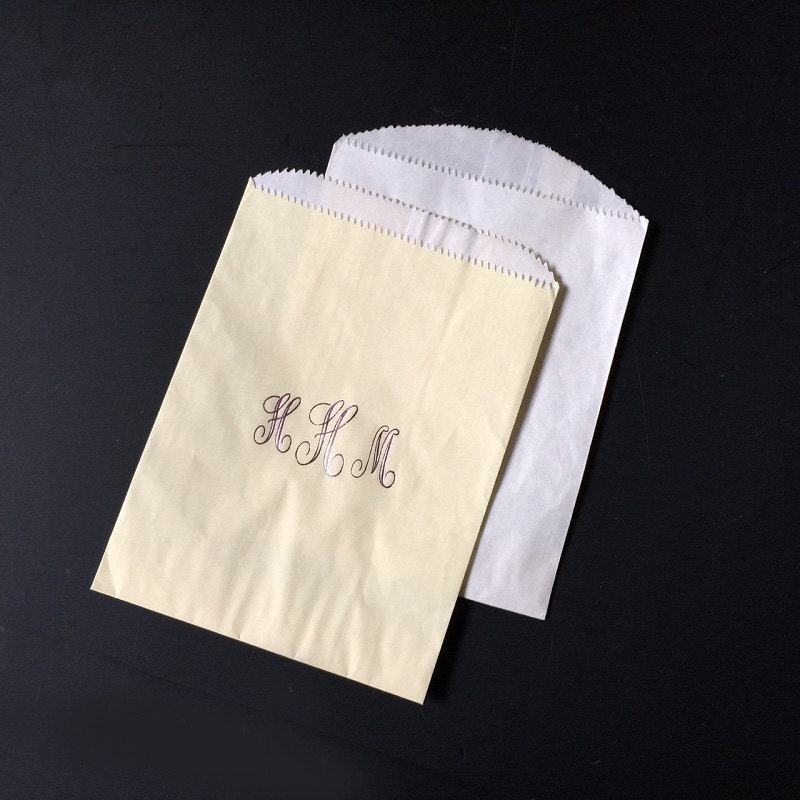 script monogrammed wedding cake bags set of 50 favor bags