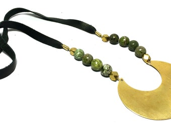 Green African Jasper and Brass Necklace. Tribal, Brass Necklace, Leather Jewelry, Gemstone Necklace, Boho