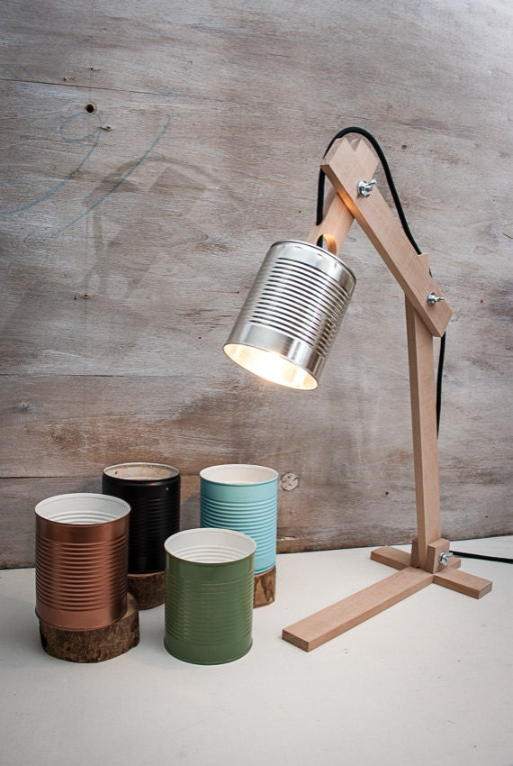 Silver table lamps recycled cans recycle can lamps - Lamparas para estudiar ...