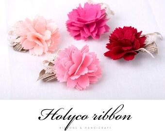 Felt Carnation Corsage. 11 x 7 cm. 4Colors. made in Korea.