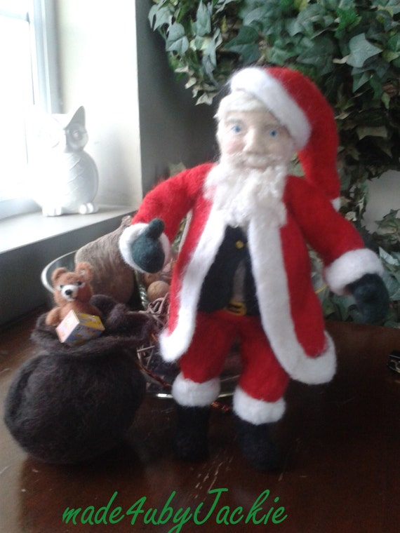 Needle felted Santa , Christmas - Felted Santa - Christmas decor - Father Christmas - gift for her -Santa Clause - handmade Santa - xmas