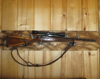 Horseshoe Gun Rack Blackend Pine with Beveled edges.