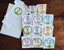 Baby Monthly One piece Set of 12 (newborn - 1 year) - Polka Dot Frame & Farm Animals Design