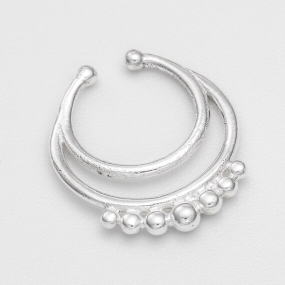 Fake/Faux/Clip On silver Septum Ring. silver septum ring. tribal septum ring. septum piercing. fake septum. septum ring. silver septum.