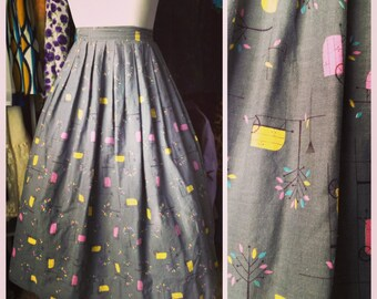 Vintage 50s skirt / 1950s skirt / novelty print skirt / full skirt / cotton skirt / cart campers trees / pleated skirt *25