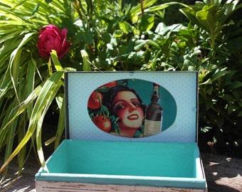 Jewellery Box -  Storage Box - Cream/White - Upcycled - Shabby Chic - Metal