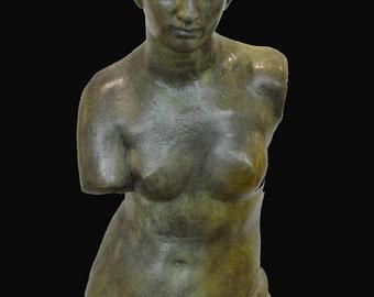Aphrodite Venus of Milos statue Goddess of love and beauty bronze great sculpture