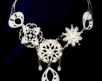 Floral & Fabulous Necklace