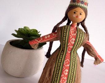 Vintage Russian Folk Art Doll, Hand Made, Wheat Straw, Peasant Girl, Collectible Doll, Kitsch Decor, Boho, Girl's Decor Room, Boho Baby Girl