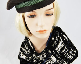 Brown Wool Beret with Green Braid