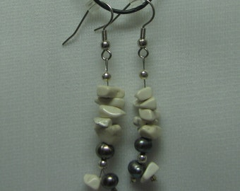 Howlite and Grey Pearl Earrings