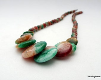 Jade necklace with discs and beads green and red