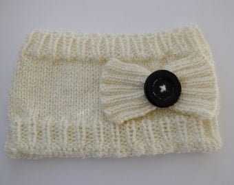 Knitted Ear Warmer with Bow and Button
