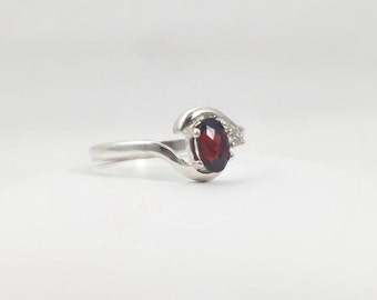 Unique Gemstone Wedding Ring - Natural Garnet and White Diamond Ring