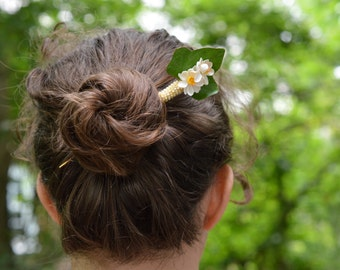 Hairstick, Daffodil with leaf