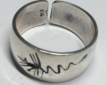 Peruvian Silver Ring With Classic Nazca Design