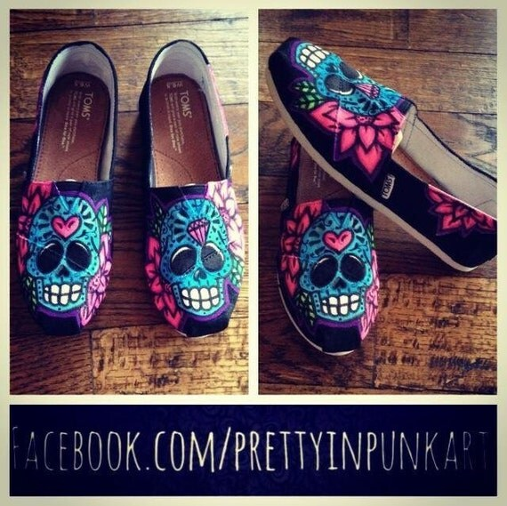 Custom sugar skull Toms by PrettyInPunkArt87 on Etsy