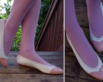 SPECTATOR Flats 1970's 80's Vintage Light Pink & White Spanish Leather Slip On Pumps // size 8 M // by PAPPAGALLO