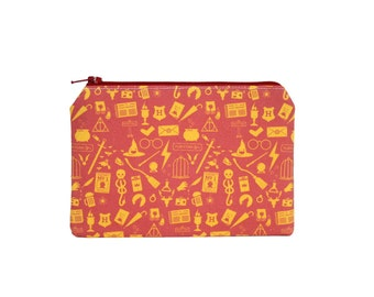 CHOOSE SIZE Harry Potter Pouch / Hogwarts Icons Camera Bag / Cute Gryffindor Make Up Bag
