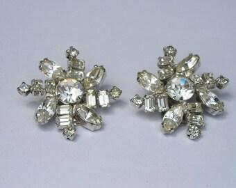 Vintage La Rel Rhinestone Flower Clip On Earrings
