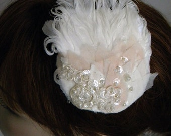 Ivory Feather Fascinator, Bridal Feather Headpiece, Ivory  Lace Hair Clip, Lace Hair Comb, Wedding Headpiece, Bridal Accessory- OLIVIA